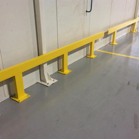 Rail de protection pour cloisons - Maintenance bâtiment - AMTI Nantes (44) - Assistance Maintenance Technique Industrielle